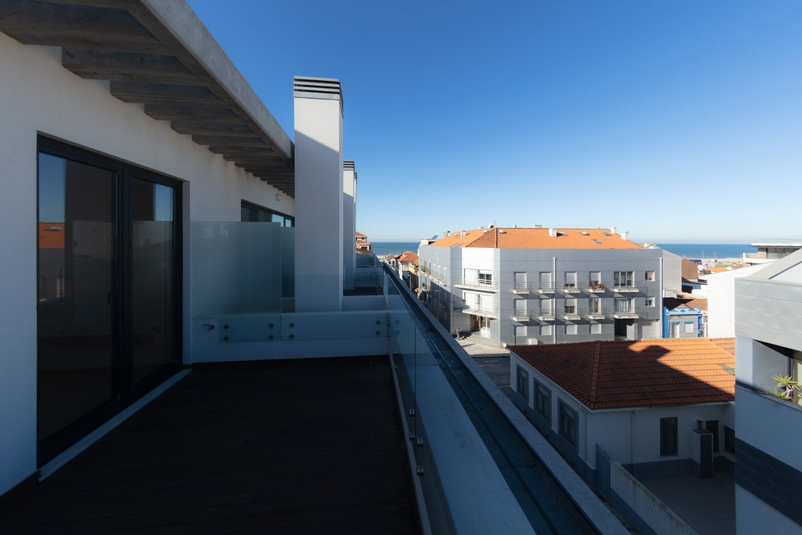Apartments, Villas and other real estate, Portugal