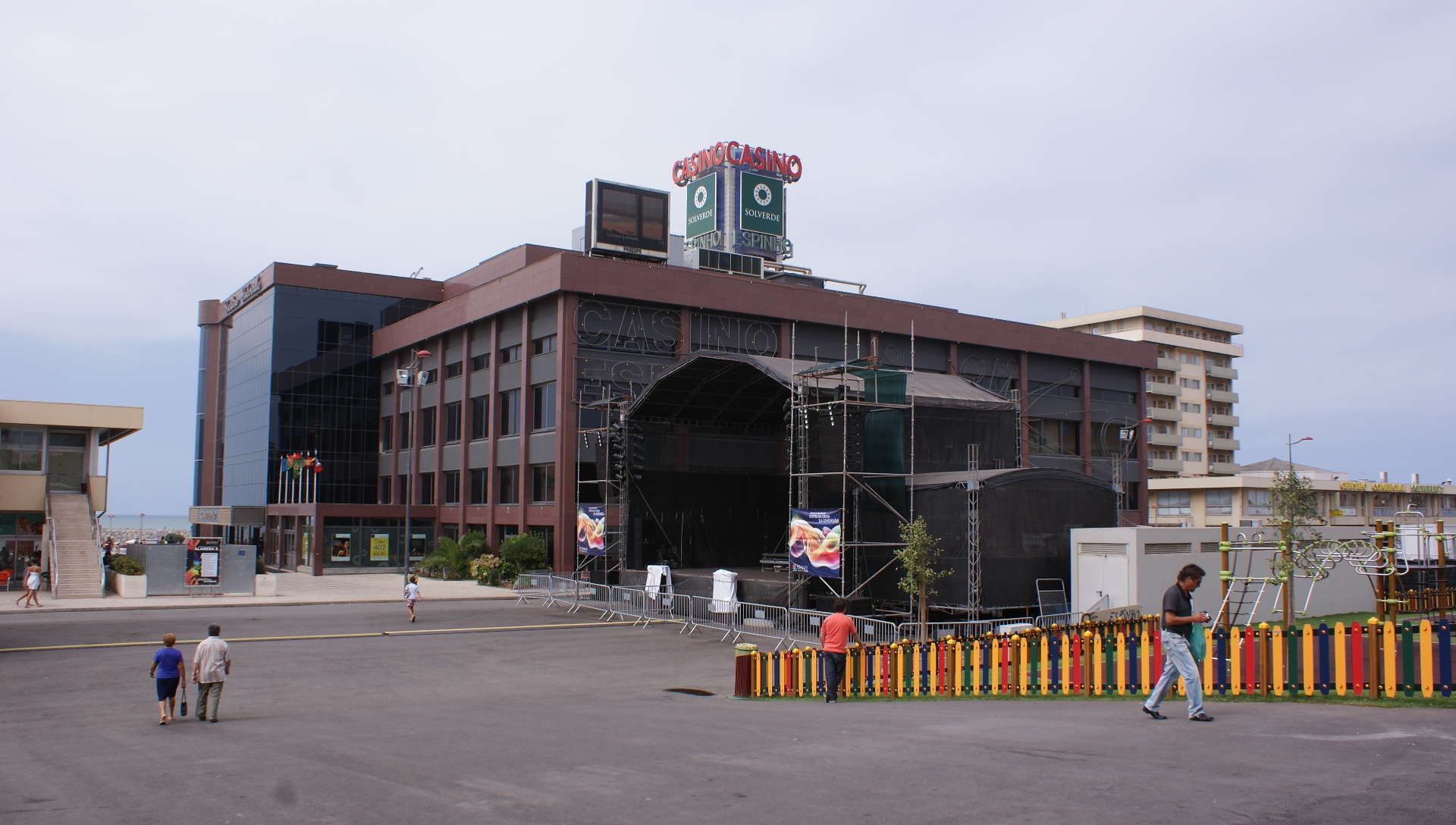 Edifício Avenida 8 - Espinho